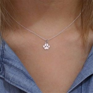 Paw necklace silver